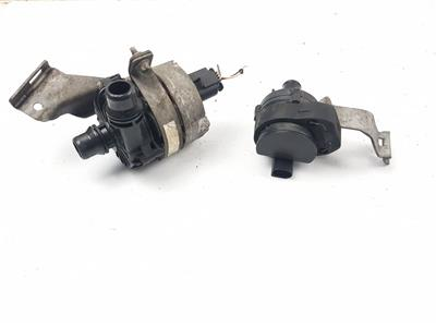 2014 On W205 Mercedes C Class AMG WATER PUMP + AUXILIARY PUMP A0005003000