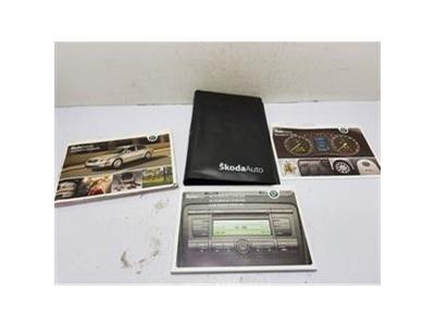 2004-2009 MK2 SKODA OCTAVIA OWNERS MANUAL BOOK