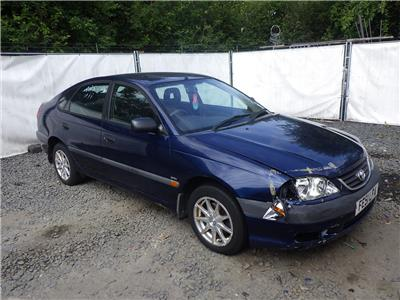 2001 TOYOTA AVENSIS GS