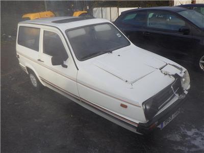 1990 RELIANT RIALTO L