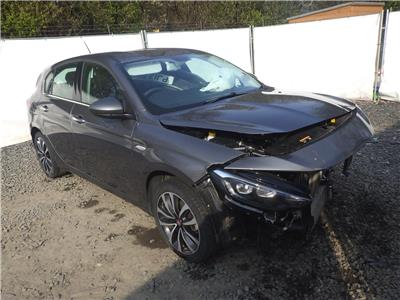 2017 FIAT TIPO Lounge T-Jet