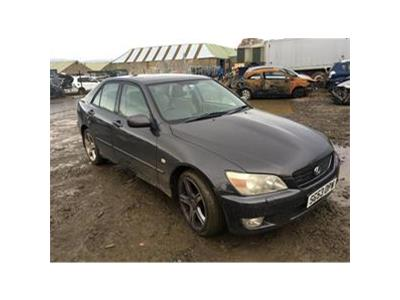 2003 LEXUS IS 200 SE