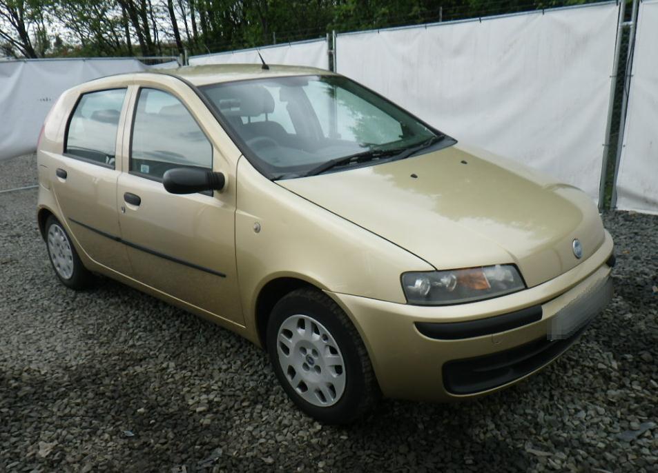 2001 Fiat Punto ELX 5 Door Hatchback (Petrol / Manual) breaking for Fiat Punto Second Hand on fiat cars, fiat 500 abarth, fiat stilo, fiat bravo, fiat doblo, fiat barchetta, fiat coupe, fiat 500 turbo, fiat 500l, fiat spider, fiat ritmo, fiat cinquecento, fiat multipla, fiat marea, fiat panda, fiat seicento, fiat x1/9, fiat linea,