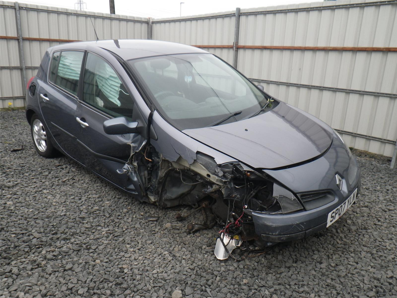 Fuse Box Renault Clio 2009 Control Wiring Diagram On A 2006 To Diesel Manual For Sale From Rh Scbvehicledismantlers Co Uk