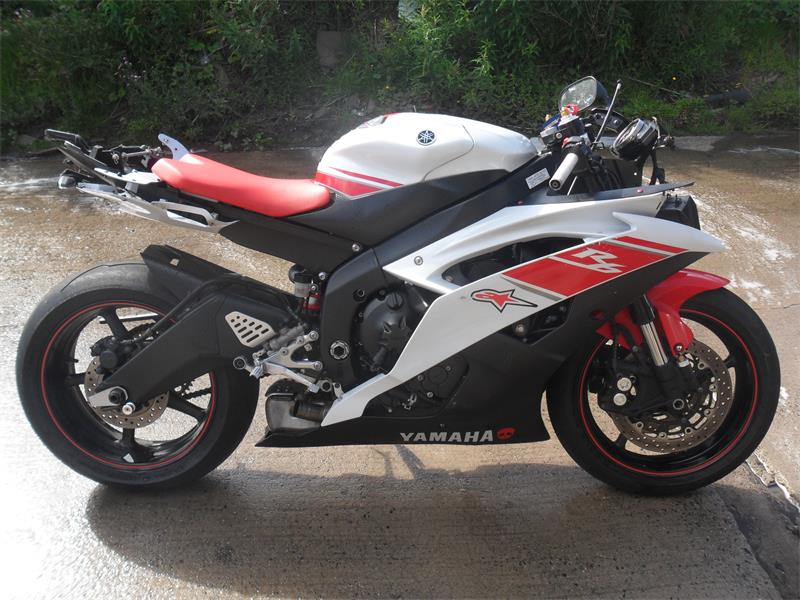 2008 yamaha yzf r6 petrol manual breaking for used and spare rh scbmotorcycles com manual yamaha r6 2008 portugues manual yamaha r6 2008 español