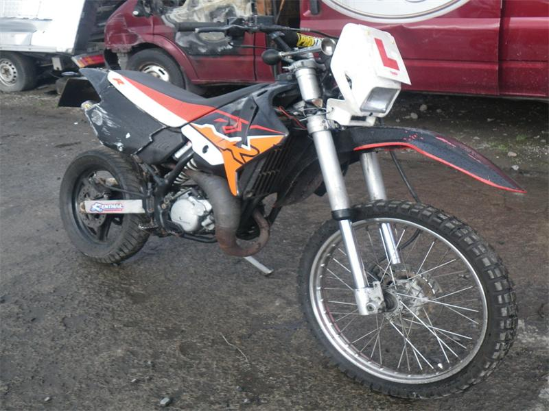 2004 aprilia rx 50 petrol manual breaking for used and spare rh scbmotorcycles com aprilia rx 50 manual free download aprilia rx 50 manual pdf