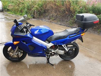 Honda VFR MOTORCYCLE