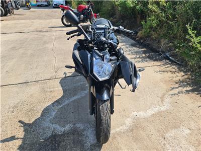 Yamaha XJ6 MOTORCYCLE