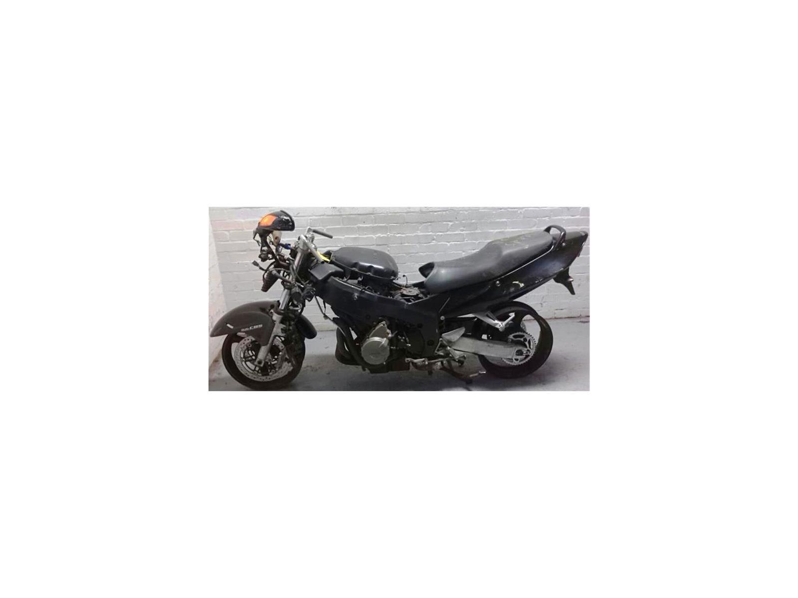Honda CBR 1100 XX BLACKBIRD Road