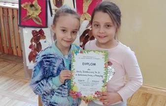 """Sukces naszych uczennic w Międzyszkolnym i Międzyświetlicowym konkursie przyrodniczym - """" Przyroda i My """" image"""