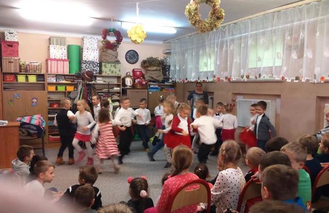 Wizyta przedszkolaków w naszej szkole image