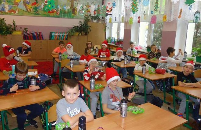 Mikołaj w klasie 2a image