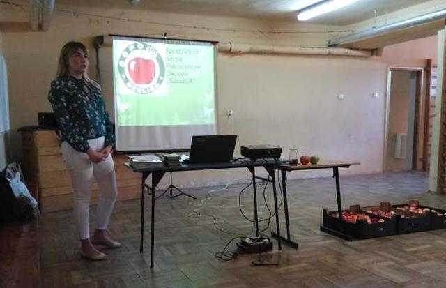 Spotkanie klasy 3b z sadownikiem image