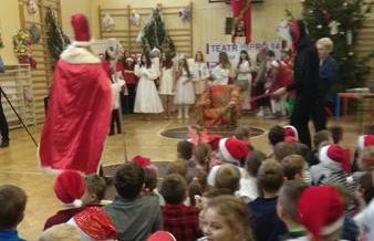 Mikołaj w klasie 2c image
