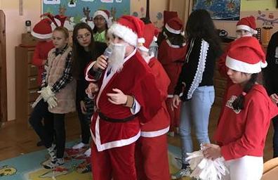 Wizyta Św. Mikołaja w przedszkolu image