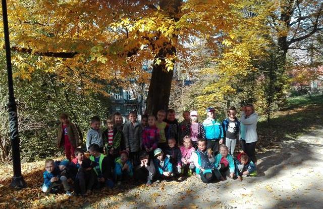 Jesienna wycieczka do parku kl. 1b