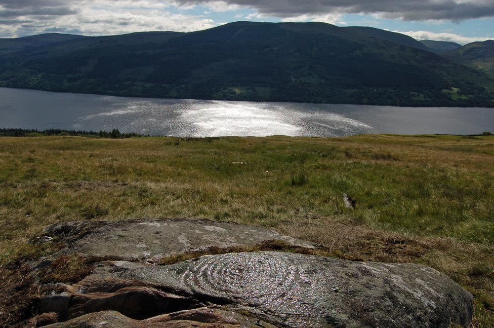 Rock art and landscape. Ben Lawers (Tayside) (Photograph by Aaron Watson).
