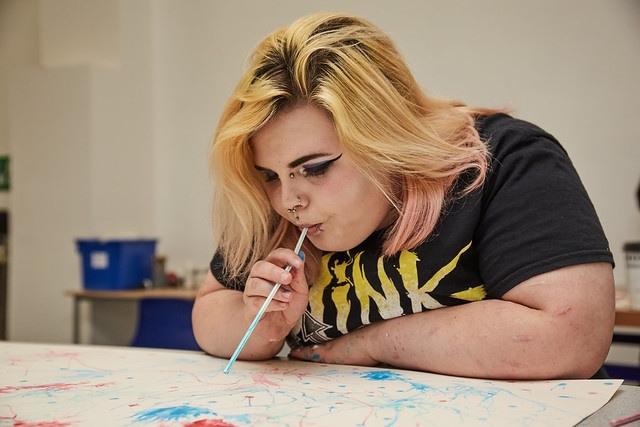 female art student