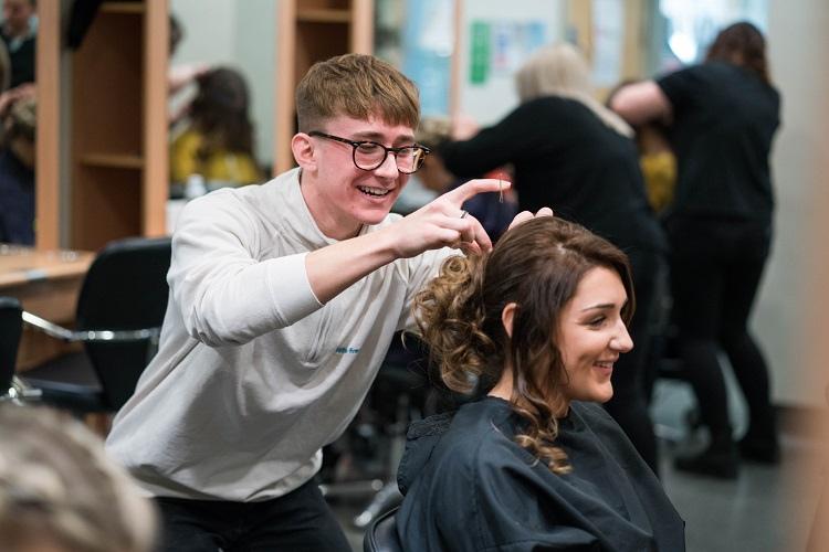 Apprenticeships Hairdressing salon