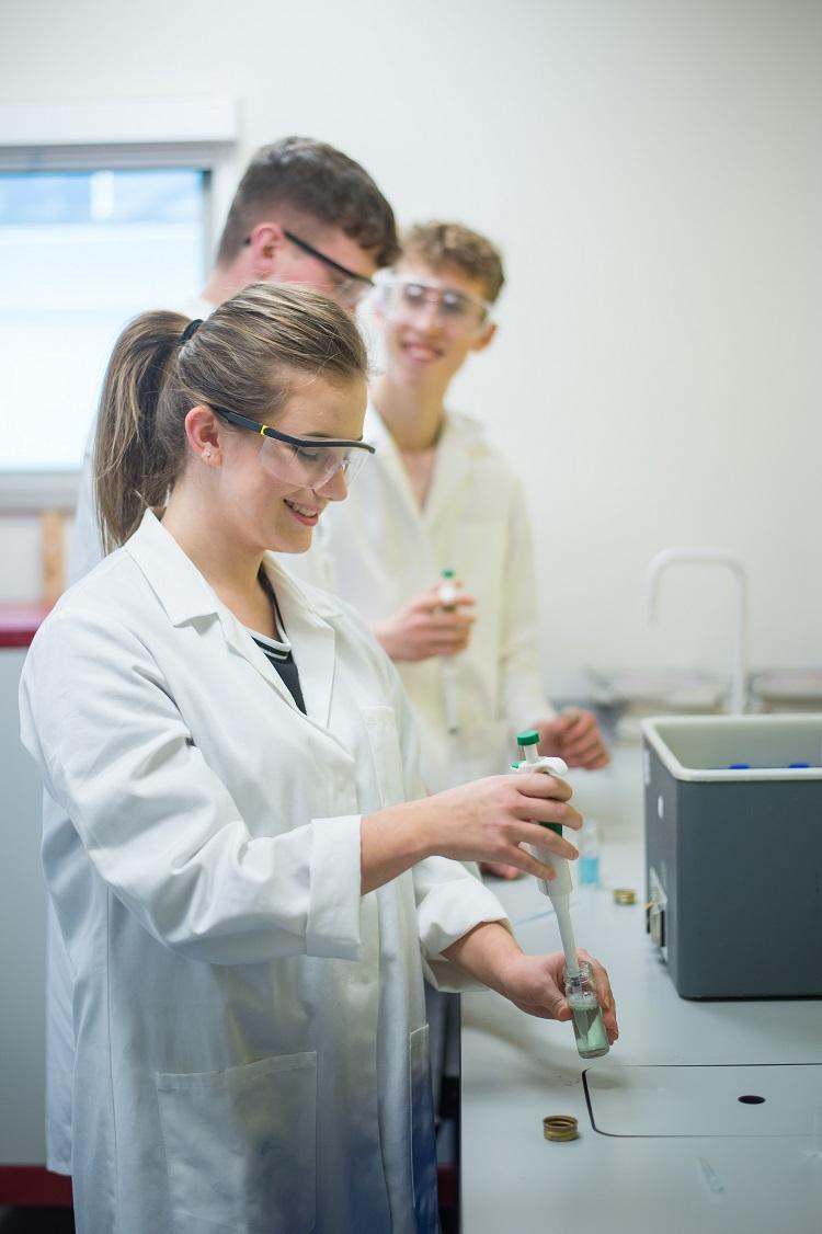 Apprenticeships Science lab