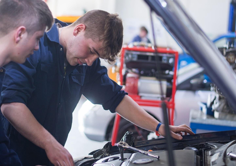 Motor Vehicle Service and Maintenance Technician