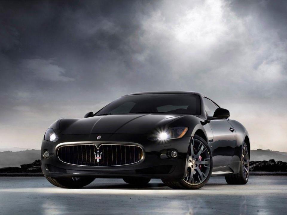 Maserati car wallpaper 8k
