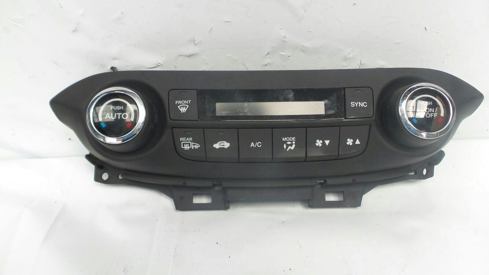 Honda CR-V 2012 To 2015 EX i-VTEC 4WD Heater Control Assembly