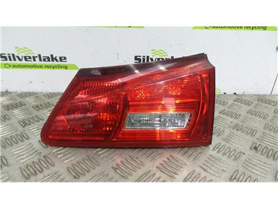 2006 Lexus IS220 2005-10 Saloon O/S Drivers Side Boot Tailgate Lamp Light RH