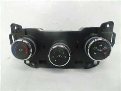 2016 Vauxhall Viva 2015 On 5 Door Hatchback Heater Control Assembly 557812715