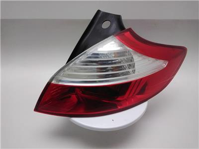 2009 Renault Megane 2009 To 2012 5 Door O/S Driver Rear Lamp Tail Light RH