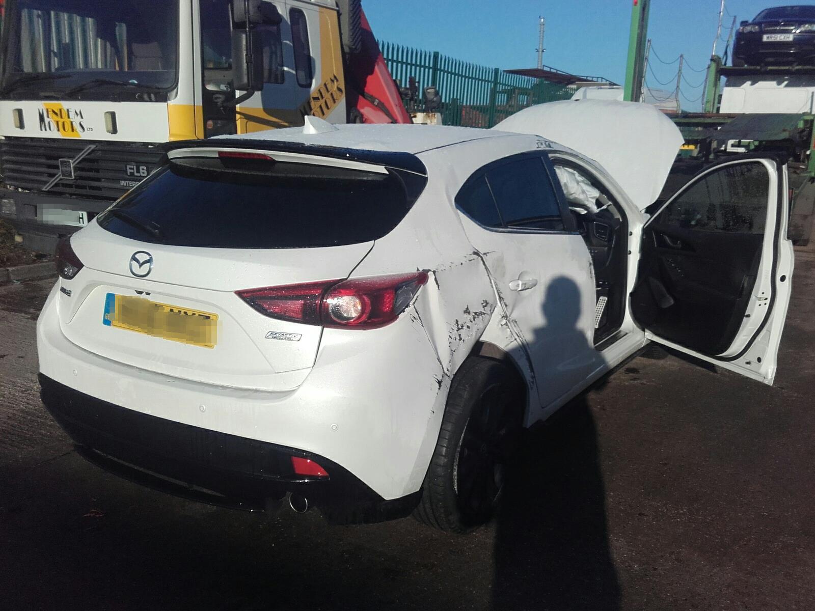 Mazda 3 2014 To 2016 Sport Black 5 Door Hatchback / scrap ...