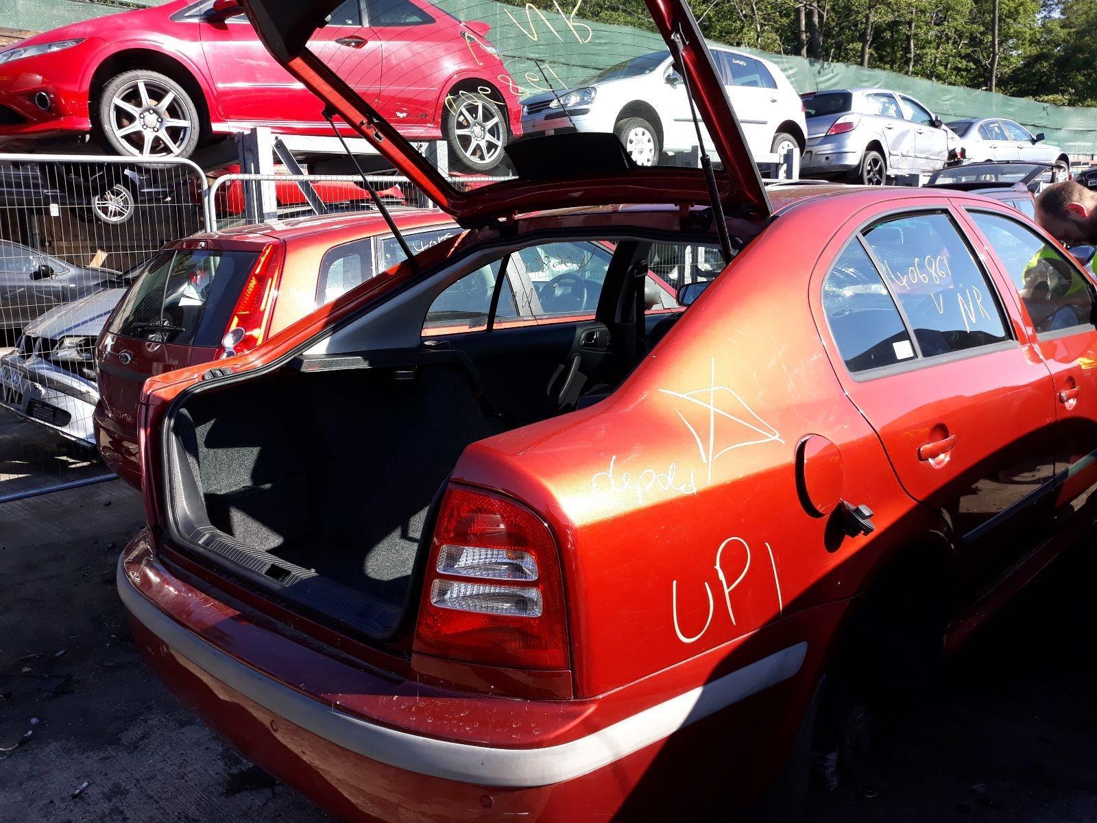 Skoda Octavia 2000 To 2005 Elegance 5 Door Hatchback Scrap Fuse Box 2006 Salvage Car For Sale Auction Silverlake Autoparts