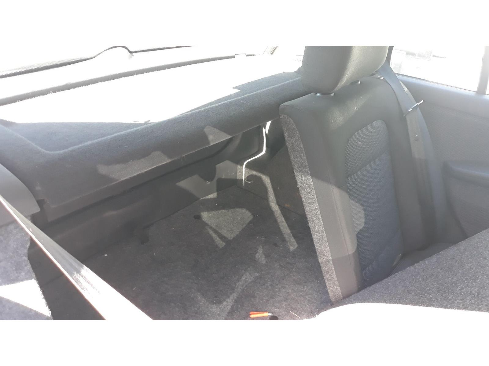 2006 Skoda Fabia 2000 To 2007 Ambiente Tdi 19cc Manual Diesel Grey Fuse Box On A 273 Parts Matching