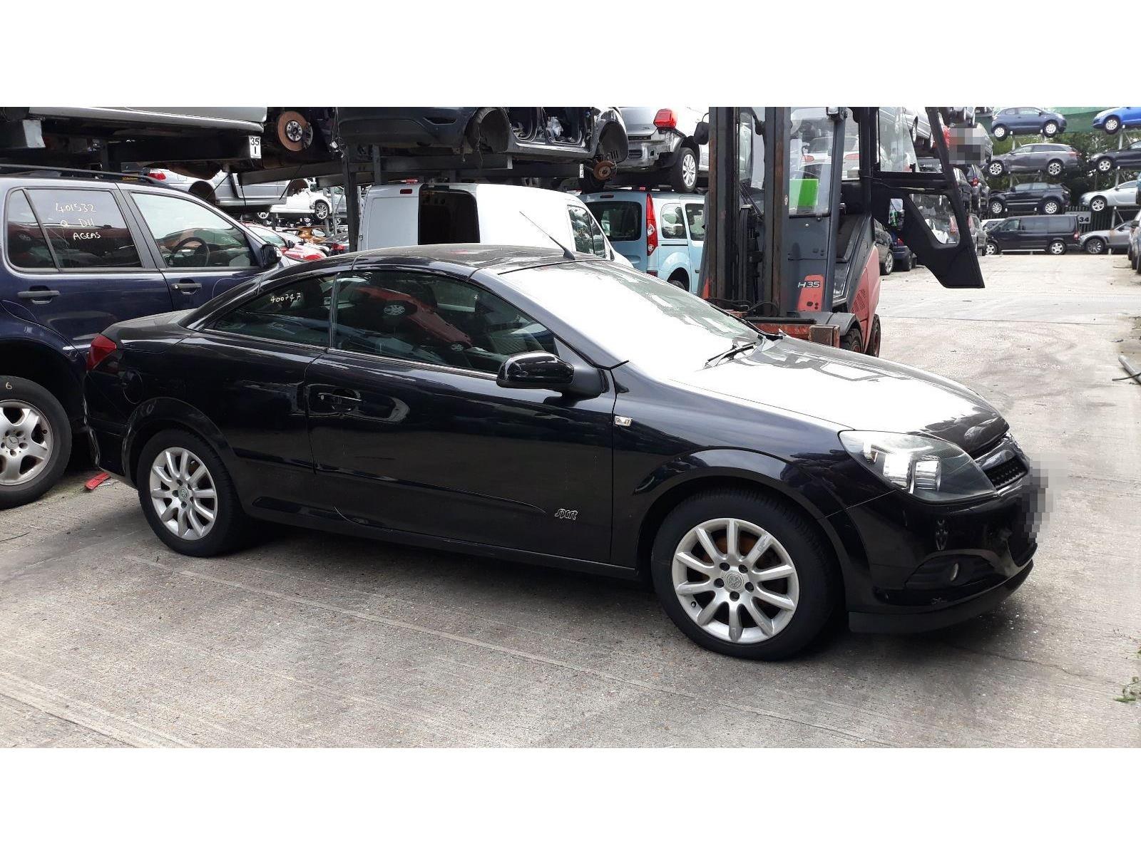 Vauxhall Astra 2005 To 2011 Twin Top Sport 2 Door Cabriolet / scrap /  salvage car for sale / auction | Silverlake Autoparts