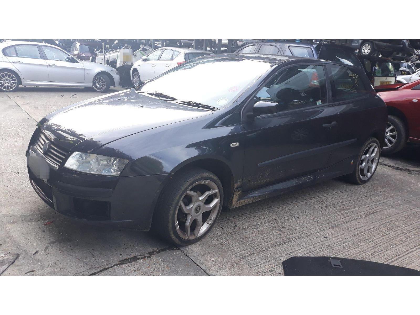 Fiat Stilo 2001 To 2007 Active Sport 16v 3 Door Hatchback Scrap Fuse Box For Ulysse