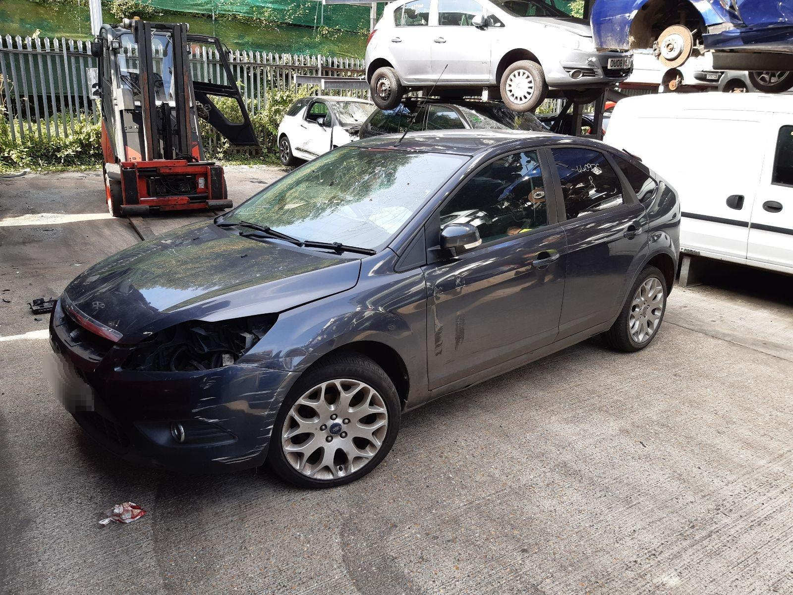 Ford Focus 2008 To 2010 Zetec 5 Door Hatchback / scrap