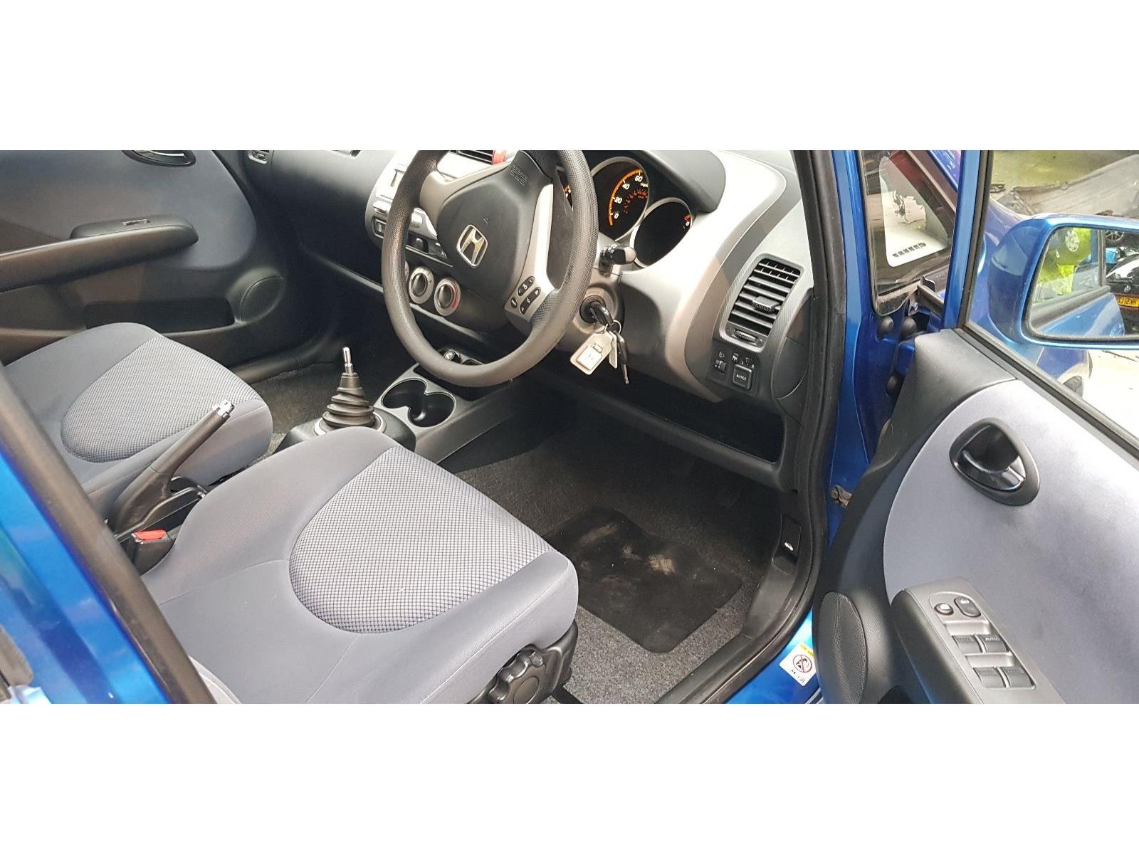 2005 Honda Jazz 2002 To 2004 Se 1 4l Manual Petrol Blue