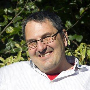 Dr Georg Viehauser
