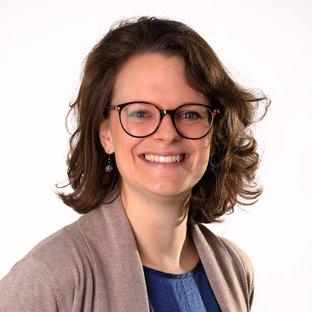 Dr Rachel James