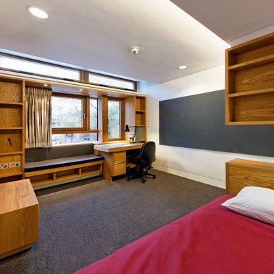 Kendrew Quad Room