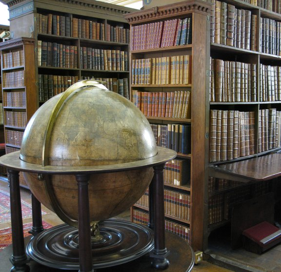 Old Library Globe 2016