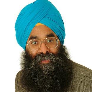Dr Devinder Sivia