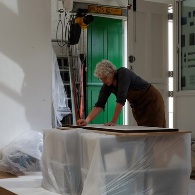 Susanna Heron at work on the project in her studio