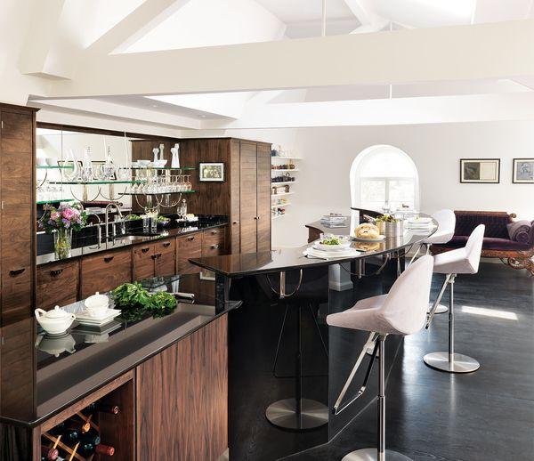 Custom-made Luxury Kitchens