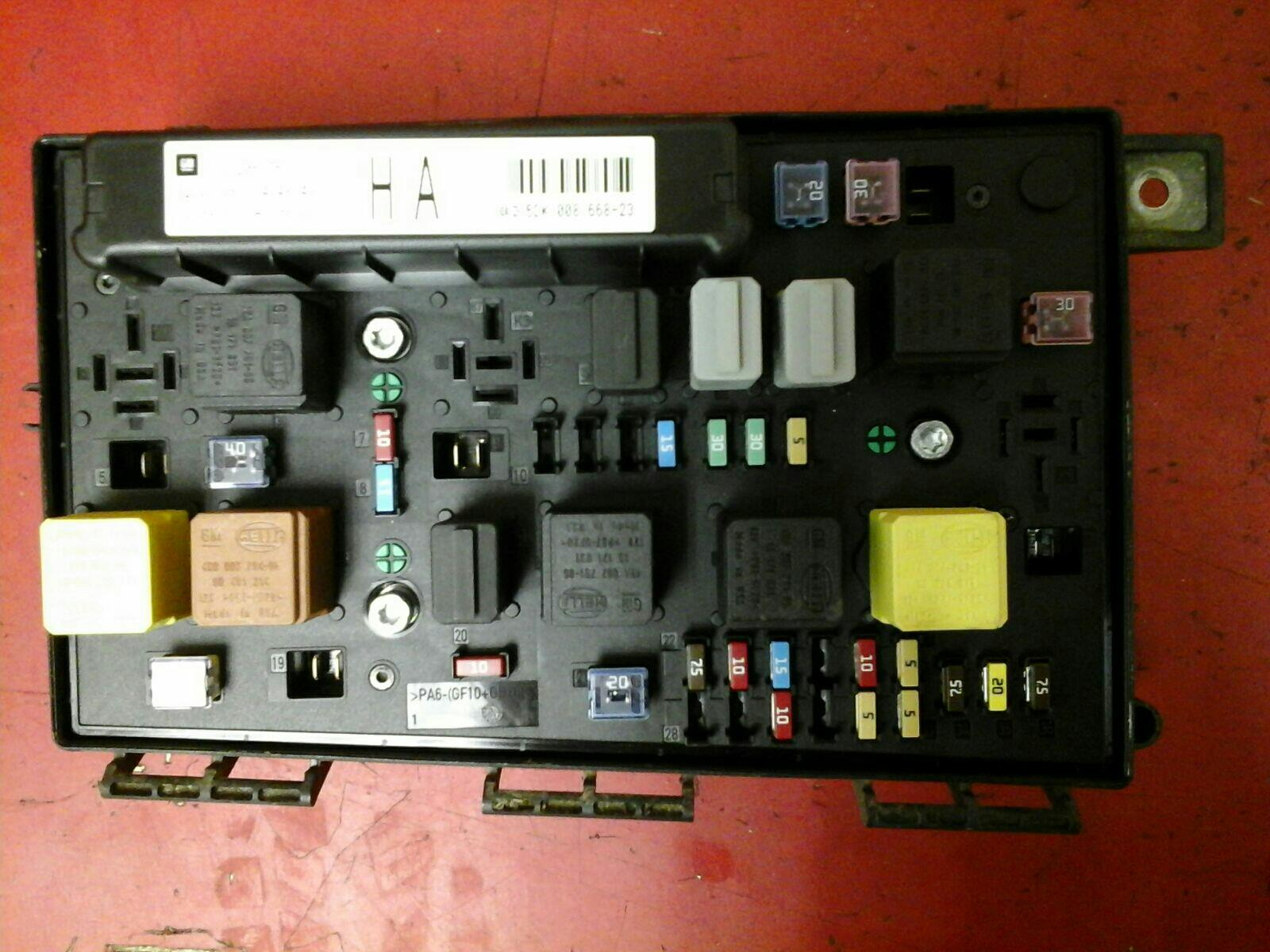 fuse box on a astra mk5 vauxhall astra h mk5 front bcm electric control uec fuse box ha 2004-2010 used and spare parts ... #11