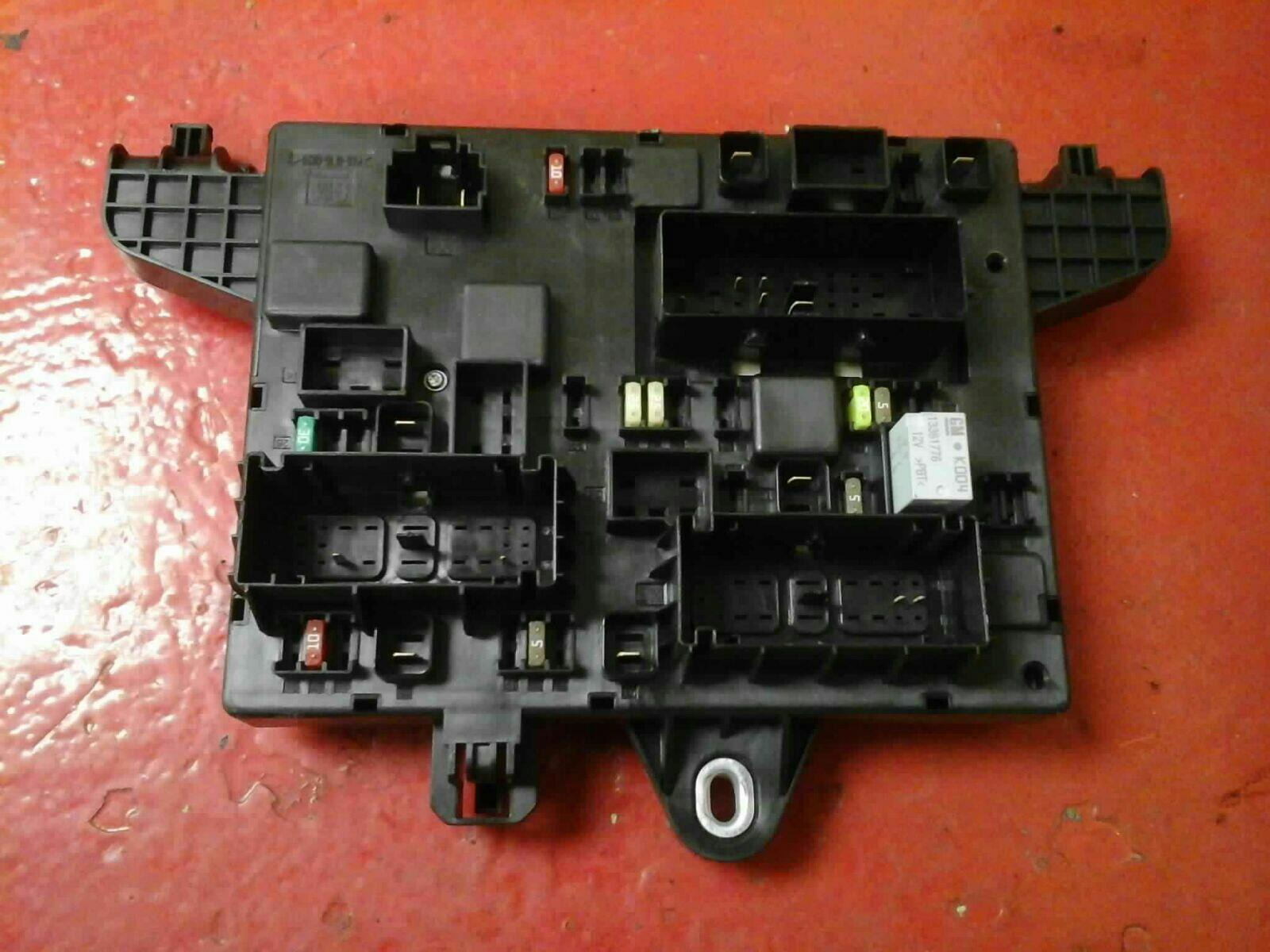 Vauxhall Astra J Mk6 Rec Rear Fuse Box 2010 2015 365927271 Uj Ident Where Is