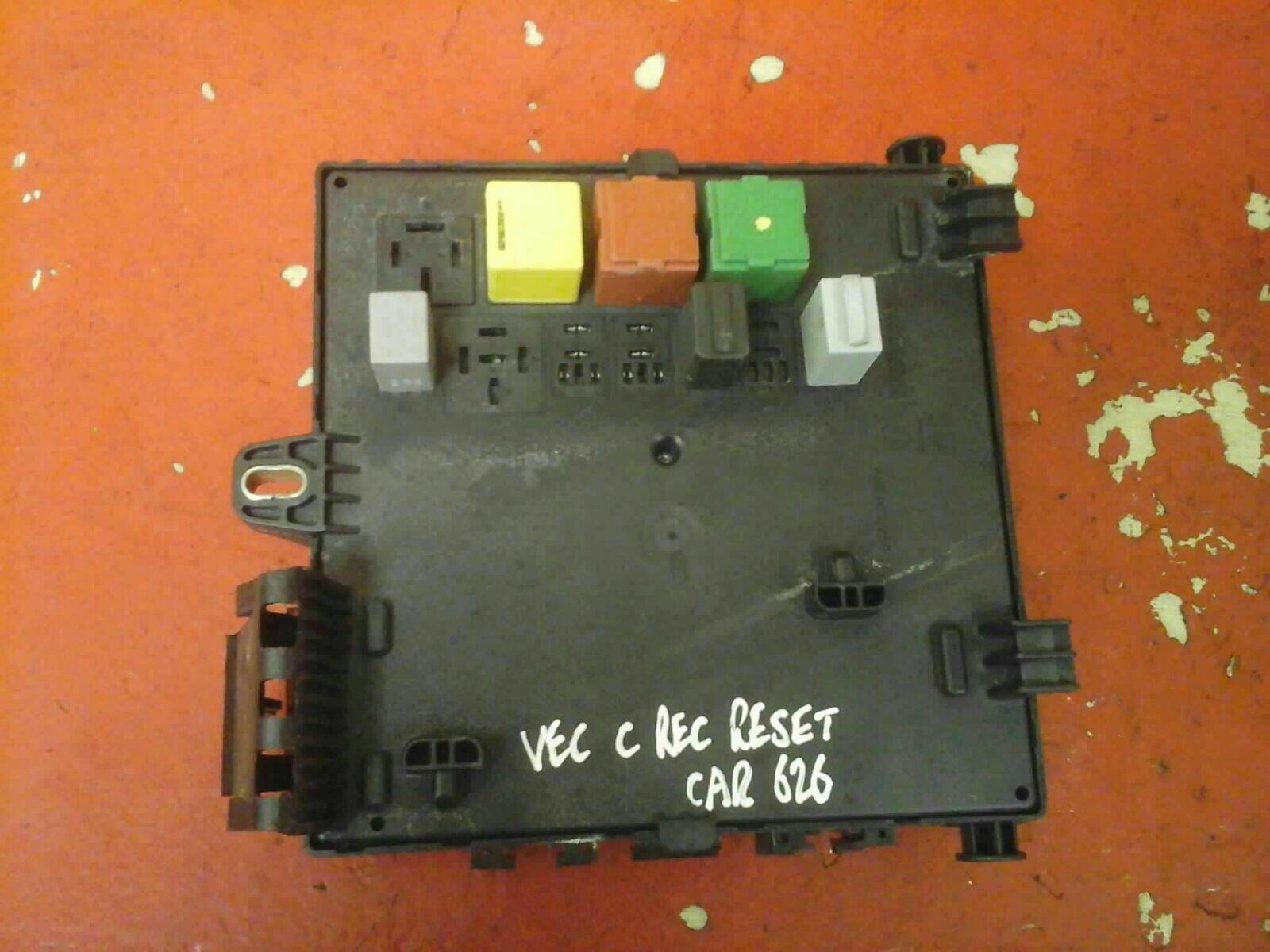 vauxhall vectra c rec rear electrical control module fuse box bg 2002-2009