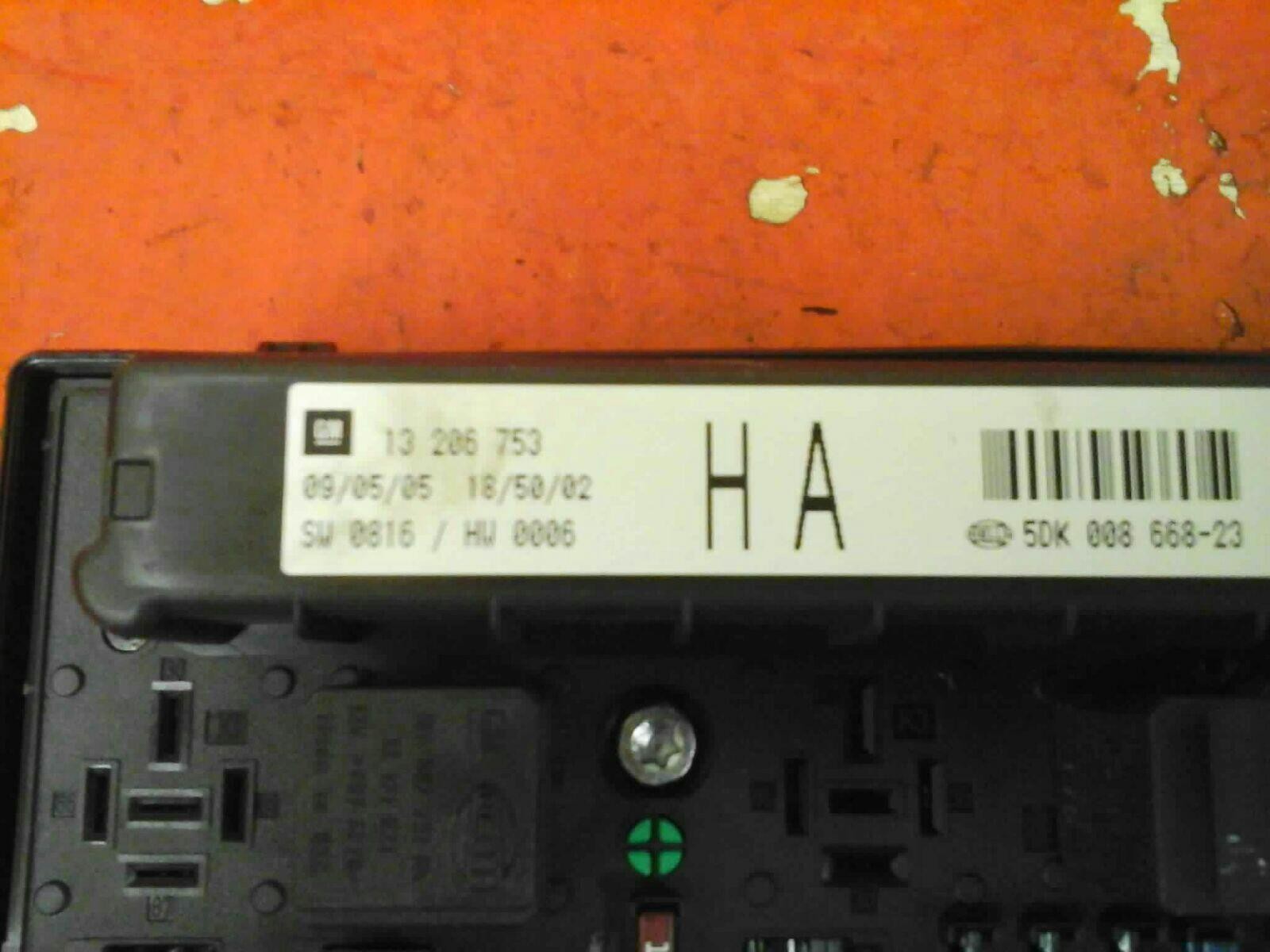 Vauxhall Astra H Mk5 Front Bcm Electric Control Uec Fuse Box Ha 2004 06 Location 10