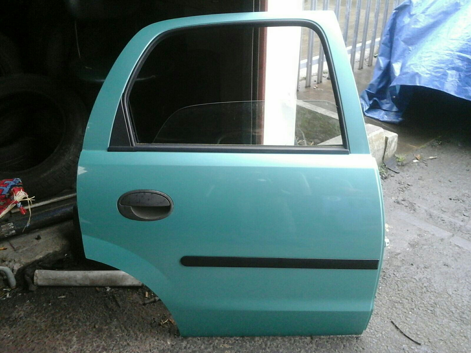 VAUXHALL CORSA C DRIVERS REAR DOOR GREEN 3QU/397 00-06 & VAUXHALL CORSA C DRIVERS REAR DOOR GREEN 3QU/397 00-06 used and ...