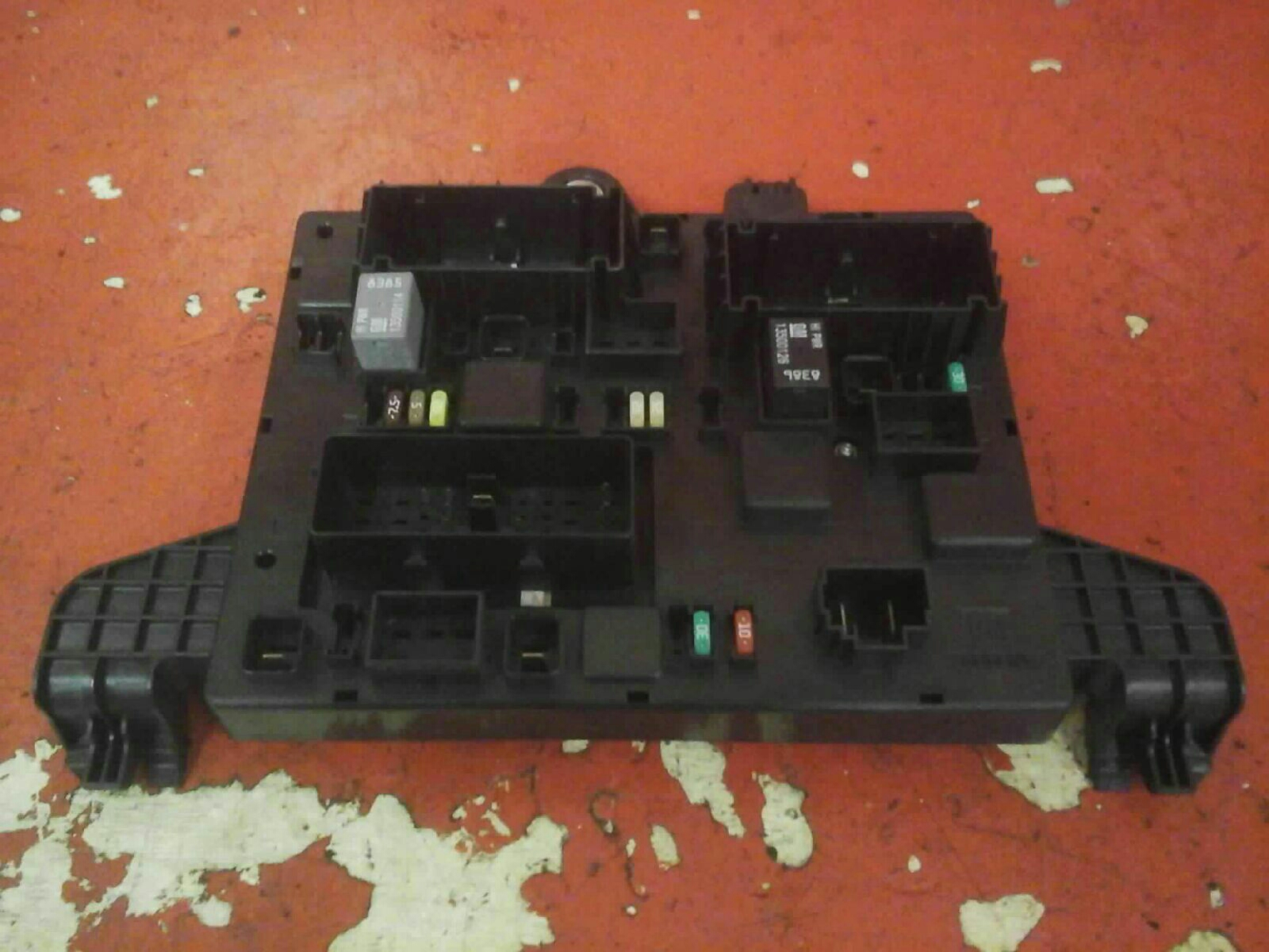 Vauxhall Astra J Mk6 Rec Rear Fuse Box 2010 2015 365927271 Qp Used 2011
